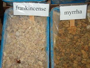 Frankincense & myrhh