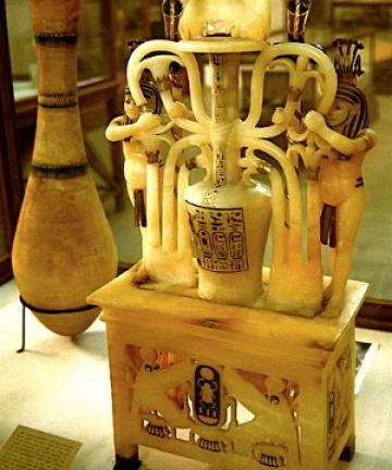Alabaster perfume jar from the tomb of Tutankhamun in the Cairo Museum, F.Rytell via Wikimedia commons.